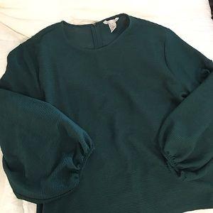 NWOT- H&M blouse
